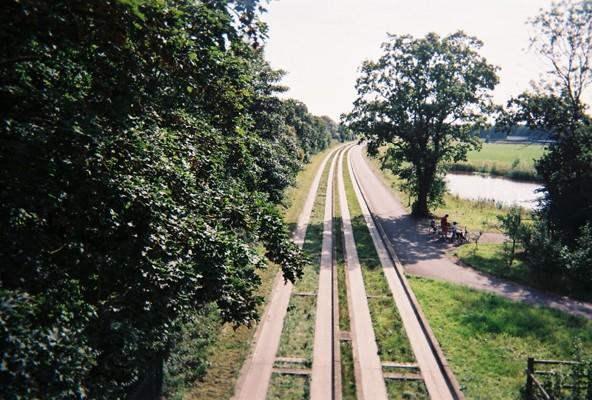 Cambridge Guided Busway along old Trumpington-Cambridge trackbed south of Long Road Bridge